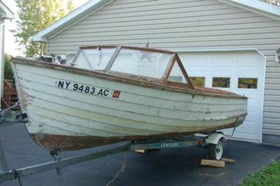 1958 17 Ft Cayuga Runabout Project