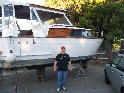 1960 Trojan Cabin Cruiser In Need Of A New Bottom