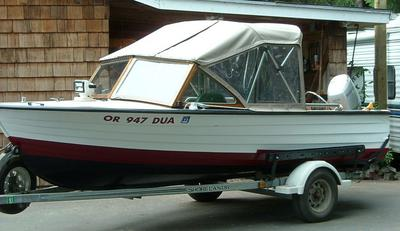 1962 Cruisers Inc 16' runabout