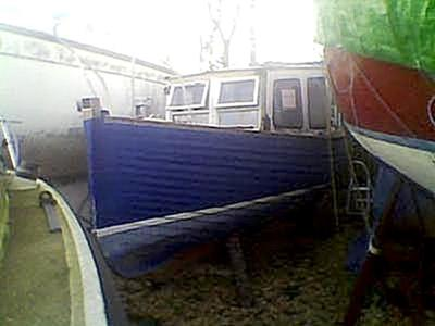 25ft old clinker fishing boat