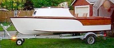 Big 'D': A cabin forward Day Cruiser