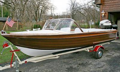 17ft 1964 Carver Commander