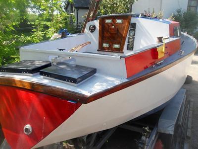 wooden sloop, 8m swing keel