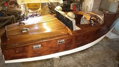 Wooden speed boat for Sale